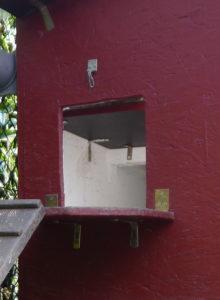Schlupfloch mit elektrischer Hühnerklappe , automatischer Schieber , Stallöffnung für Zwerghühner