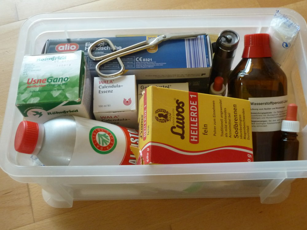 Hühnerapotheke, Erste Hilfe Kasten für Hühner, Medikamente für Zwerghühner,