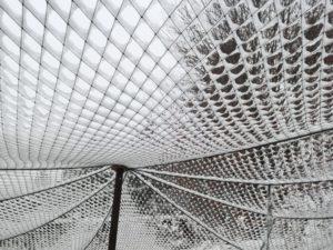 Volierennetz Vogelschutznetz im Winter